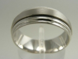 - Jewelry Stores - Brush Polished Spin Middle, Wedding Band 7 mm